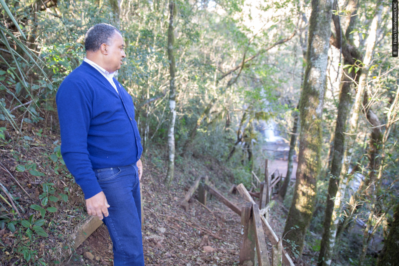 Cidão da Telepar verificou as condições dos acessos e trilhas na Ponte Molhada